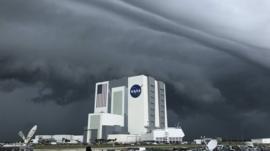 SpaceX y la NASA aplazan el lanzamiento de Crew Dragon por el mal tiempo: ¿qué pasa ahora?