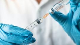 ¿Es posible desarrollar una vacuna para todos los coronavirus, como el SARS, MERS, SARS-CoV-2 y el del resfriado común?