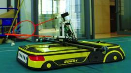 The Champion Robot that plays badminton