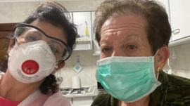 Las víctimas colaterales de la crisis del coronavirus (y el duro dilema que enfrentan sus familiares)