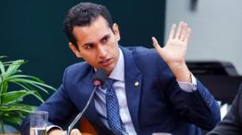 Fundo Eleitoral de R$ 3,8 bi não vai tirar verba 'de canto nenhum', diz relator na Câmara