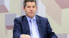 Quem é Delegado Waldir, líder do PSL na Câmara que chamou o presidente Bolsonaro de 'vagabundo'