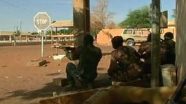 Soldiers in Mali town of Gao