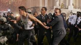 Jamie Foxx and Channing Tatum in