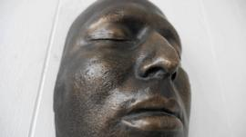 A death mask