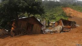 Destroyed houses in La Pintada