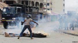 Police officer in Mombasa