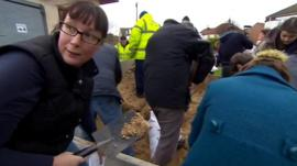 Residents fill sandbags in Great Yarmouth