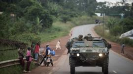 French militaries on the road to Central African Republic