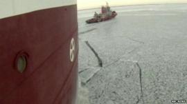 Ice-breakers deployed to Lake Michigan
