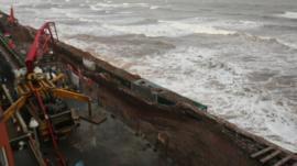 Railway next to sea wall at Dawlish