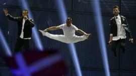 Watch this clip to see Greece's Eurovision entry bouncing on a trampoline.