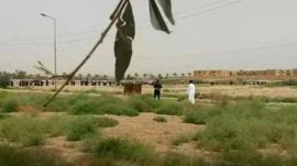 Students leave Anbar campus, 7 June