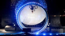 Danny MacAskill's loop-the-loop stunt