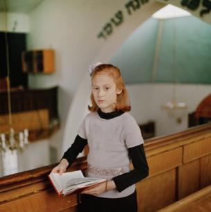 Laura Pannack, United Kingdom — Chayla in Shul