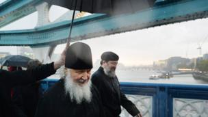 Патриарх под дождем