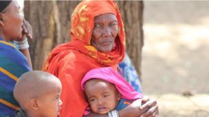 Maelfu ya watu wanateseka kutokana na ukosefu wa maji na chakula katika kaunti ya Marsabit, wengine wakivuka mpaka hadi Ethiopia kutafuta maji na chakula