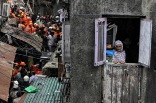 मुंबई के डोंगरी इलाक़े में बीते मंगलवार को एक चार मंज़िला केसरभाई इमारत ढह गयी जिसमें 13 लोगों की मौत हो गई थी.
