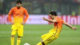 Lionel-Messi-and-Xavi.