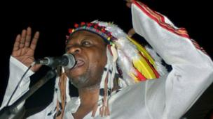 Papa Wemba during a 2004 concert in Kinshasa