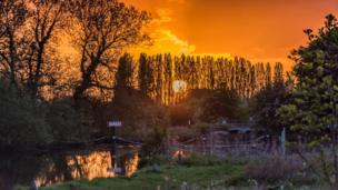 Sunset at Pink Hill Lock, Farmoor