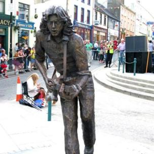 In 2010, a life-sized bronze statue of Rory Gallagher was unveiled in his birthplace - Ballyshannon, County Donegal
