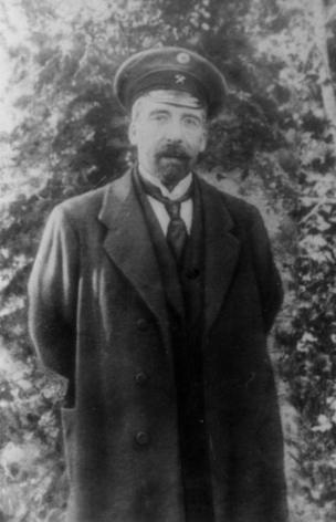 M.H. Hacinski AXC-nin 1, 2 kabinetlərində XİN rəhbəri, 2-ci kabinetində maliyyə naziri