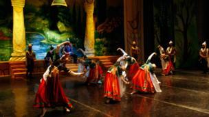 """نخستین اجرای باله """"زال و رودابه """" در تاجیکستان"""