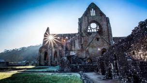 A frosty but sunny Tintern Abbey