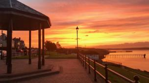 Another early morning shot, this time in Milford Haven, by Claire Byrne