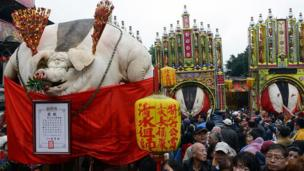 Floats displaying the vast carcasses during the festival in New Taipei city on 15 February 2013.