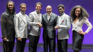 Duke Fakir and the cast of Motown the Musical