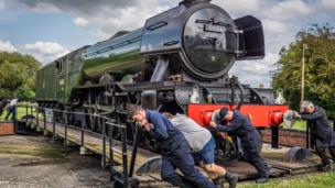Turning the Flying Scotsman ready for her to leave Didcot