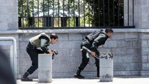 هجوم على مجلس الشورى في إيران