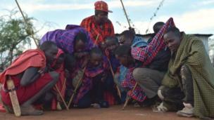 رجال من شعب الماساي