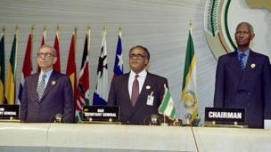 Salim Ahmed Salim, diplomate et homme politique tanzanien a été secrétaire général de l'Organisation de l'unité africaine de 1989 à 2001.