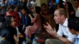 Có mặt tại Hà Nội, hoàng tử William muốn nhấn mạnh về phòng, chống buôn bán trái phép các loài động vật, thực vật hoang dã.