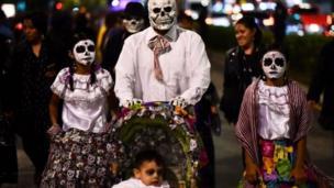 يوم الموتى في المكسيك
