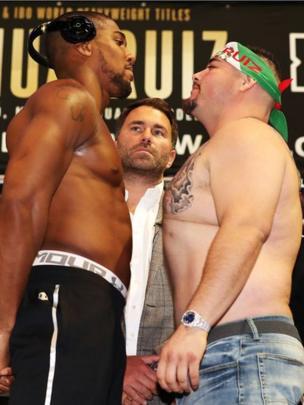 Ambos boxeadores.