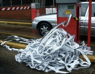 Parking ticket machine