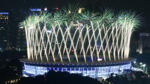 Màn trình diễn pháo hoa tại lễ khai mạc ASIAD 2018 ở Jakarta