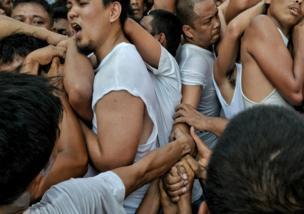 Procesión religiosa en Binangonan Rizal, Filipinas