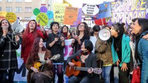 Protestocu kadınlar
