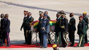 Ozu Mugabe n'aka ndị gọọmentị ala ha