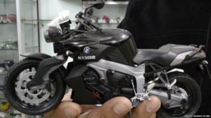 धूम फिल्म में इस्तेमाल की गई बाइक का मॉडल