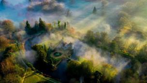 'Castelo Scotney/Sombras da manhã'