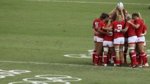"""Rio Olympics - Rugby - Women""""s Semifinals Australia v Canada - Deodoro Stadium - Rio de Janeiro, Brazil - 08/08/2016. Team Canada huddles before the match"""