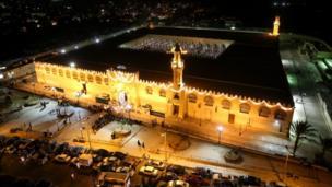مسجد عمرو بن العاص في القاهرة بمصر