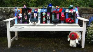 Yarnbomb bench in Ettrickbridge