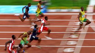 2008 ஆம் ஆண்டு ஆகஸ்ட் 16 ஆம் தேதி ஆடவர் 100 மீட்டர் ஓட்டப்போட்டியில் அதிக இடைவெளியில் முதலிடம் படித்தார் உசைன் போல்ட்
